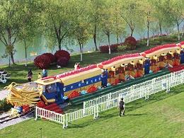 CHC-96人 龙轨道车观光小火车